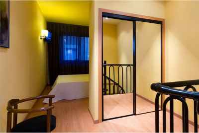 Great 3* hotel conveniently located near Plaza de España in Barcelona